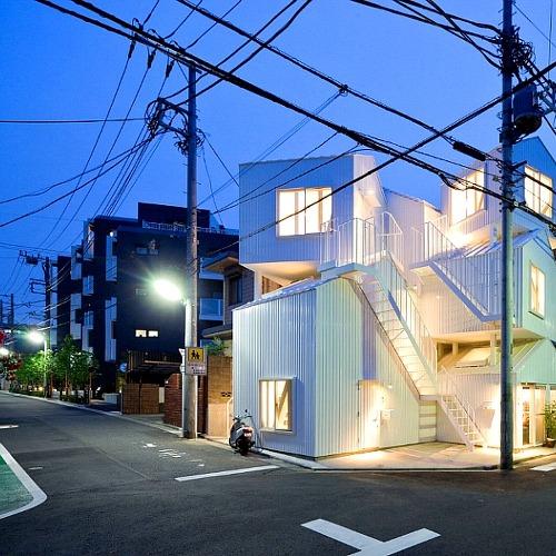 만화같은 도심속 소형 공동주택