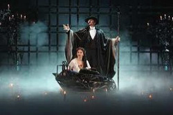 같은 넘버, 다른 느낌 : 1만회 공연 돌파한 '오페라의 유령'