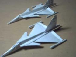 전투기 사브 JAS 39 그리펜 종이접기 동영상입니다.
