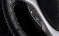 핸즈프리 기능은 운전자의 행동에 어떤 영향을 미칠까?