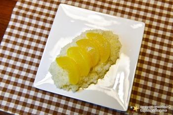 태국간식 망고밥!  비스무레하게 황도로~ '황도밥 만들기 ㅋㅋ'