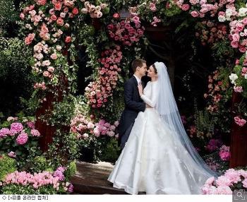 미란다 커, 에반 스피겔과 재혼. 결혼사진 공개!