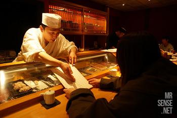 아픈 다리 이끌고 도쿄로 #2 : 나카노 만다라케, 하라주쿠 시즈루, 롯폰기 스시 곤파치