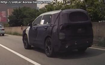 현대 신형 싼타페TM (Hyundai Santafe TM spyshot) 위장막 차량 사진