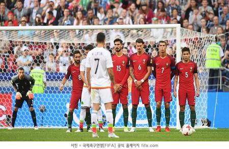 다 잡은 승리 놓친 포르투갈, 멕시코와 2:2 무승부