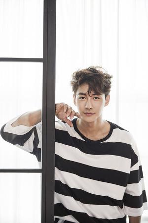 [배우 최우혁] 뮤지컬계 라이징 스타 배우 최우혁, MBN 드라마 '연남동 539' 전격 캐스팅! 무대 넘어 브라운관까지 접수!