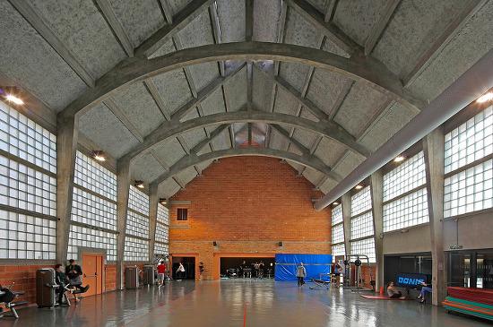 *프랑스 예배당 재건축 및 체육관 시설 확장-[ philippe gibert architecte ] Libergier Sports Centre
