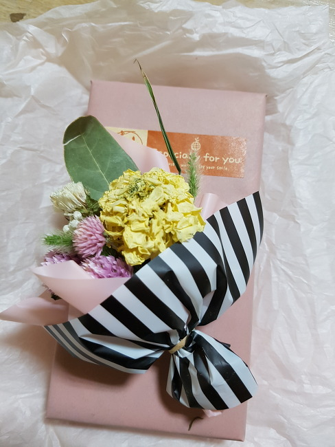 꽃선물 by 알루