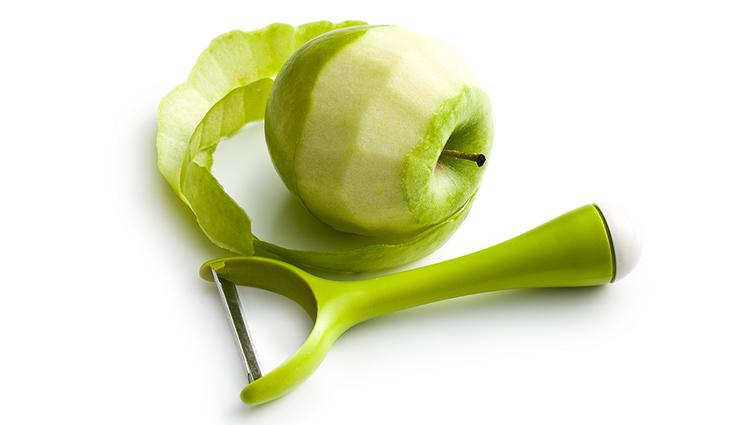 쉐프처럼 과일을 깎아주는 이색 주방용품 BEST 3!