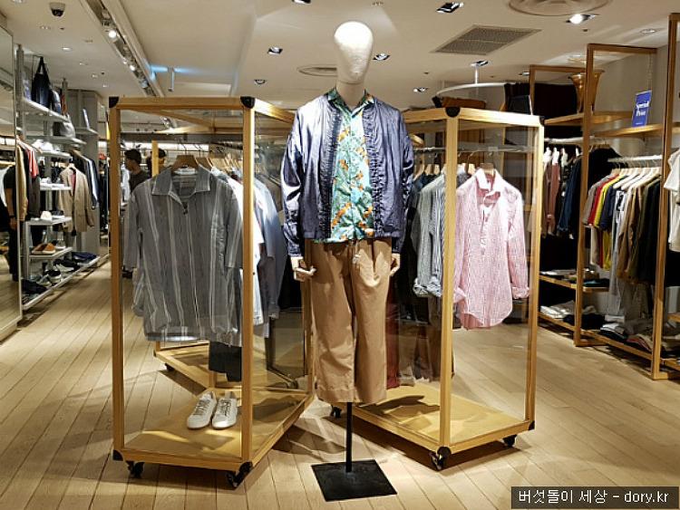 일본매장에서 남성 셔츠패션 둘러보기