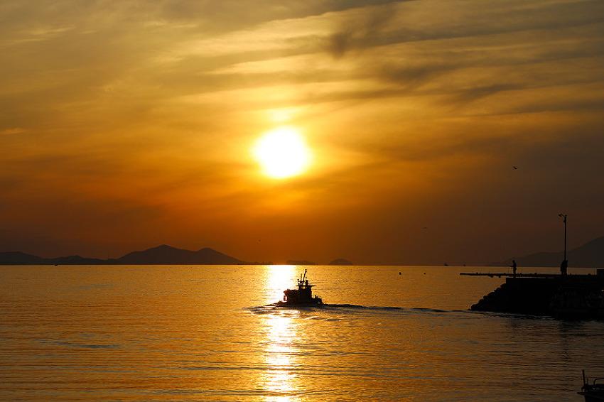 일몰만큼 황금빛 노을이 아름다운 통영의 달아마을! (통영여행)