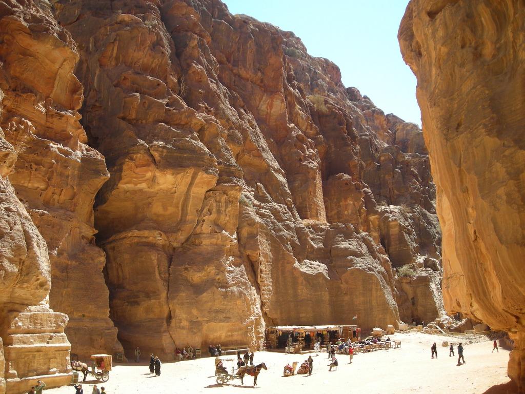 중동 모래사막에서 미아 될 뻔한 사연