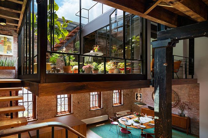 *인더스트리얼 인테리어, 웨어하우스 리노베이션 [ andrew franz architect PLLC ] converted caviar warehouse in new york