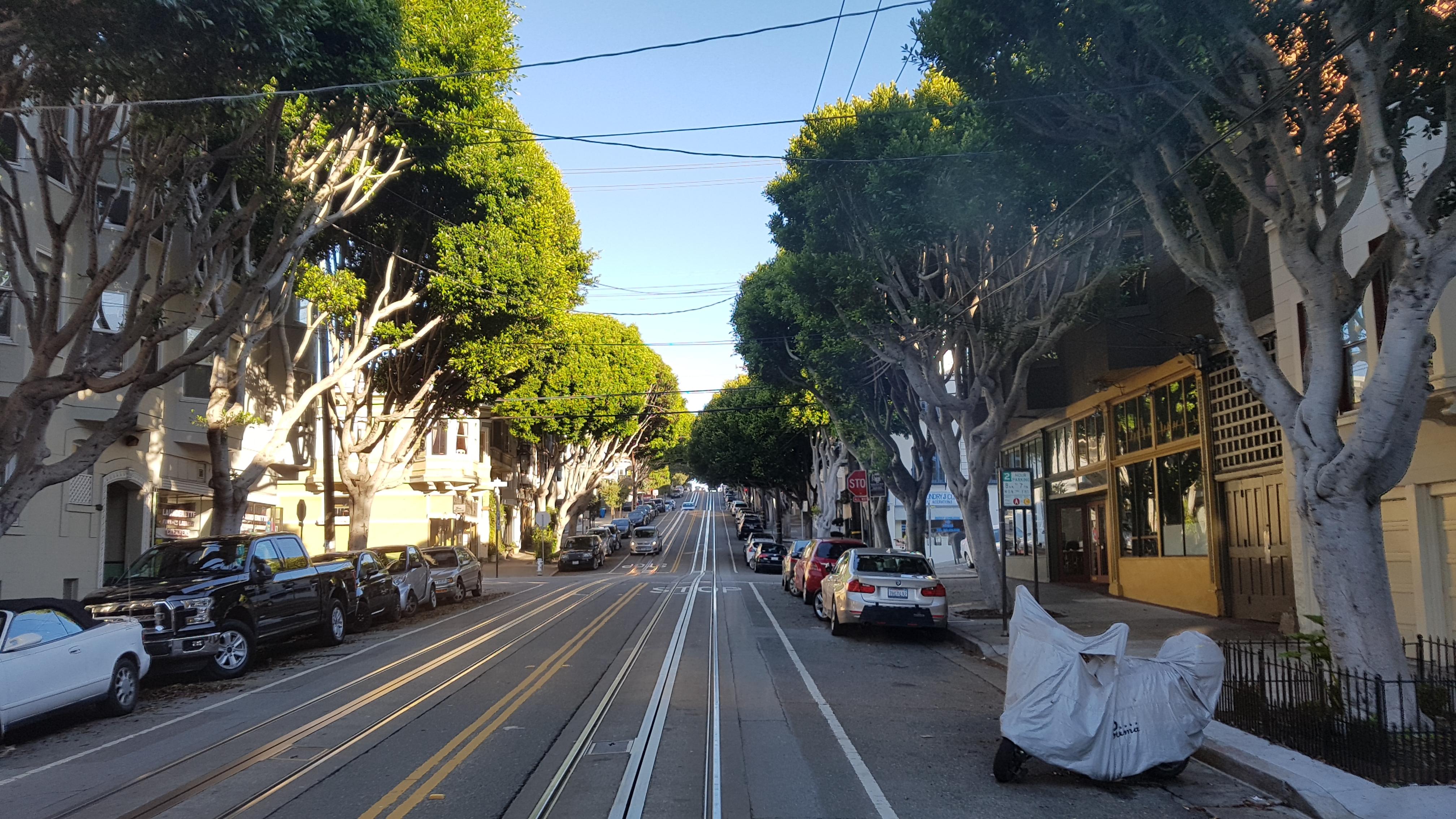 cable car, cable car turnaround point, fisher man's wharf, Golden Gate Bridge, Hyde, Powell, powell st, uber, [샌프란시스코] 케이블카 ( Cable Car ) 이야기, 관광객, 교통 패스, 금문교, 기름냄새, 땅속 케이블, 레일, 명물, 발판, 불법, 불법 승차, 샌프란, 샌프란 명물, 샌프란시스코, 신호등, 아날로그 감성, 열차, 우버, 원리, 조작부, 지형, 추천 코스, 케이블카, 케이블카 턴어라운드 포인트, 티켓 가격, 편도 가격, 풍광