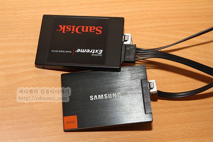 샌디스크 익스트림 SSD 240GB, 사용기, 샌디스크 SSD, 샌디스크 SSD 사용기, SSD, IT, 리뷰, 후기, 제품, review, 속도, 벤치마크, 크리스탈 디스크 마크, AS SSD, 샌디스크 AS SSD, 샌디스크 속도, 삼성 SSD, 비교, 속도 비교, 센드포스,샌디스크 익스트림 SSD 240GB를 사용해 봤습니다. 속도 벤치마크를 해봤는데 컨트롤러의 성능차이 때문인지 약간은 평범한 성능이라는것을 느끼게 되었네요. 다만 샌디스크 익스트림 SSD 240GB의 읽기 성능은 나쁜 편은 아닙니다. 이 제품이 나왔을 때 당시의 괜찮은 SSD의 성능정도는 됩니다. 다만 조금은 과포장된 느낌은 있긴 하네요. AS SSD나 크리스탈 디스크마크를 통해서 샌디스크 익스트림 SSD 240GB의 속도를 알아보고 그리고 쉽게 보는 방법을 설명드리죠. 벤치마크만 올려놓지 않고 이번에는 좀 설명을 드리겠습니다. 실제로 무턱대고 빠르다는 글만 보는것보다는 벤치마크 결과를 직접 보고 판단할 수 있는게 더 좋습니다. 앞으로도 더 좋은 SSD가 많이 나올테니까요.