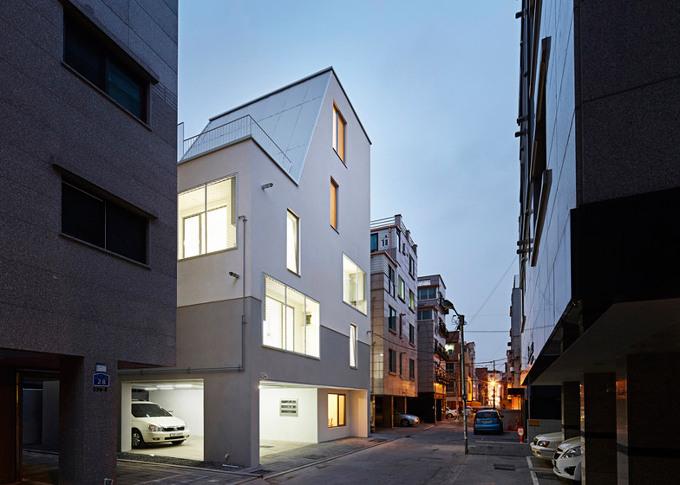 *도심지 다가주택의 새로운 제안, 화이트 콘 하우스 [ Apparat-C ] White Cone House