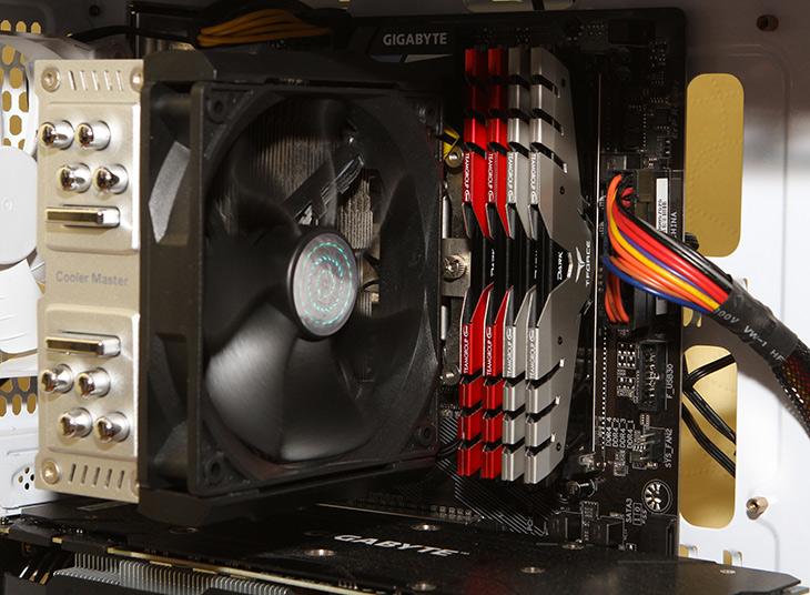 티포스, T-Force ,DDR4 3000, 고성능 ,메모리 ,대중화,IT,IT 제품리뷰,저렴하면서도 고성능 메모리 소개 합니다. 색상도 상당히 멋졌는데요. 티포스 T-Force DDR4 3000는 고성능 메모리 대중화를 시작하는 제품 입니다. 최근 메모리 모듈의 가격 상승으로 가격이 계속 올라갈 것으로 예상되는데요. 그래서 더 관심이 가는 메모리인데요. 티포스 T-Force DDR4 3000는 비교적 저렴하면서도 고클럭 메모리로 Z170 보드에 상당히 잘 어울리는 제품 입니다.