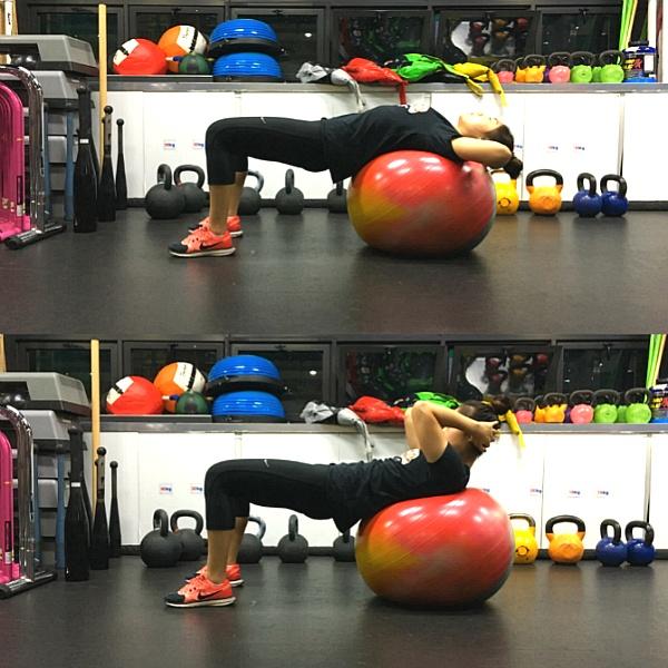 균형 잡힌 몸매를 위한 짐볼 운동 4가지
