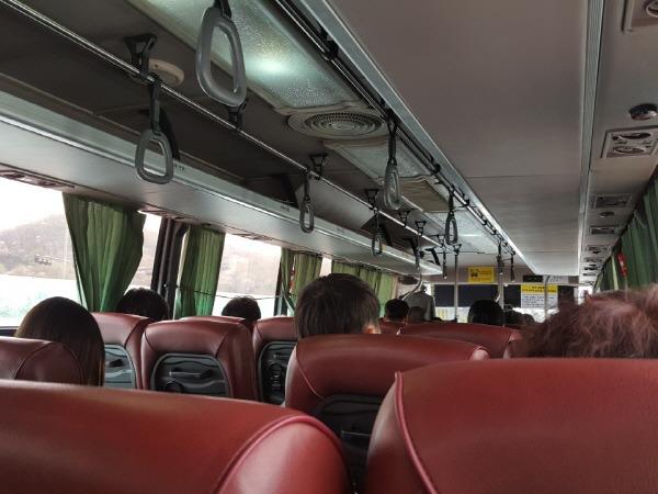 8155번 버스 내부