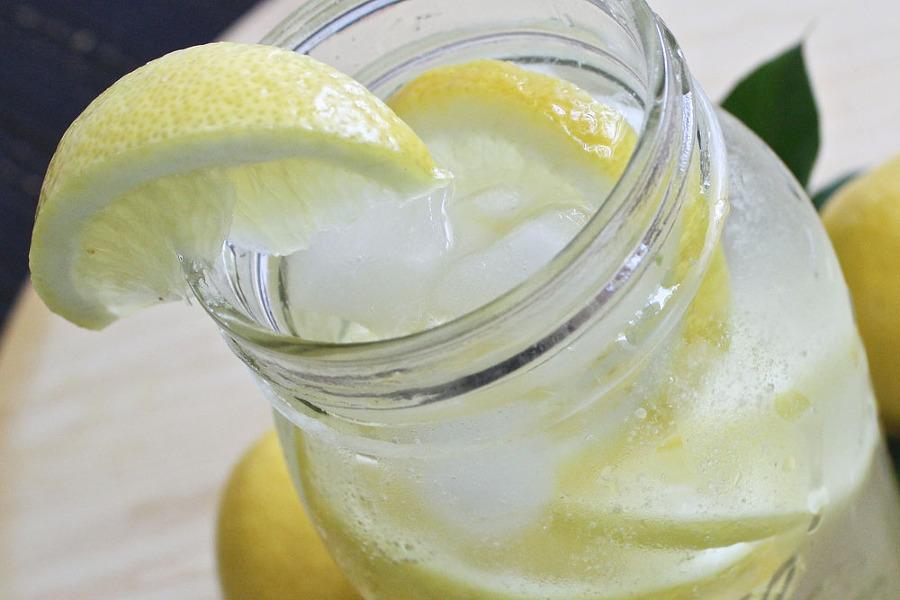 레몬물 효능 구강관리 입냄새 제거 효과