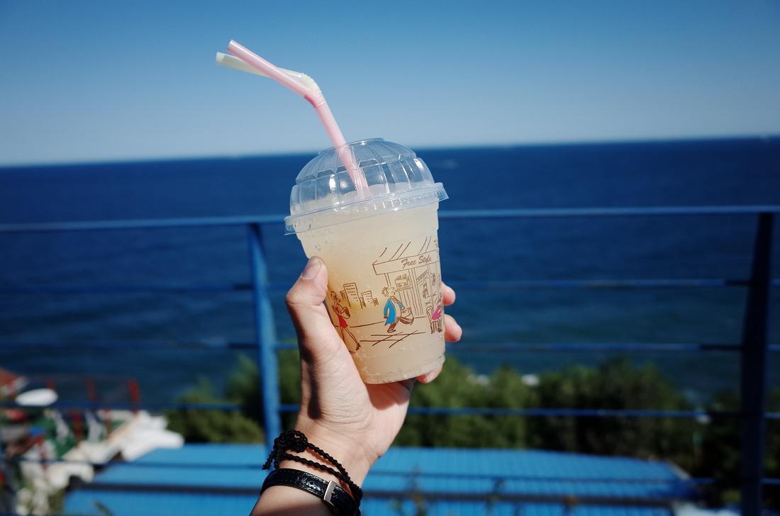 동해여행 : [등대 cafe]바다가 보이는 카페/묵호등대/등대카페/묵호항/동해 가볼만한곳