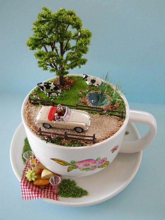 커피잔 속의 작은 세상