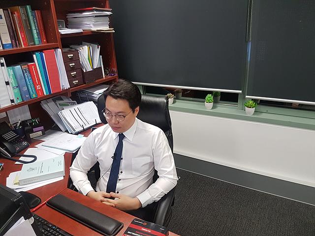 박창민 변호사입니다.